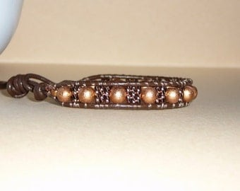 Leather bracelet with antiqued copper wood and glass beads  - Chocolate brown leather - beadwork - Free shipping to Canada & USA
