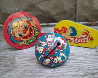 Instant Collection Tin Litho Party Noise Makers // New Years Eve // Party Favors