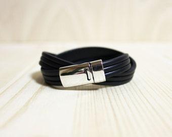 Three Lined Double Leather Wrap Bracelet(Black)