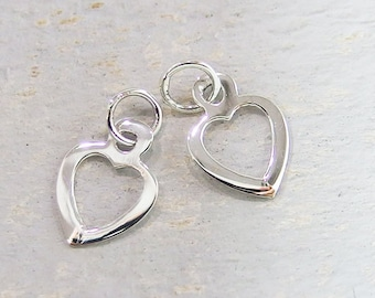 6 of 925 Sterling Silver Heart Charms 7.5 mm. :th2036