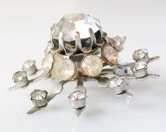 Vintage Chunky CORO Starburst Clear Glass Rhinestone Pin Snowflake Elegant