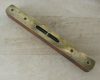 """ENGLISH CARPENTER'S LEVEL 8"""" Mahogany & Brass Double Window Clear Liquid """"Trade Mark"""" Late 1800's Made in England"""
