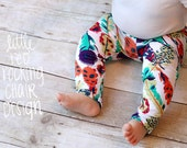 Newborn to Eighteen Months MULTICOLORED FEATHER Leggings