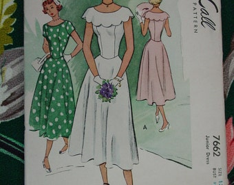 Vintage Pattern c.1949 McCall No.7662 Dress, Size 13
