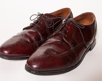 Wingtip Dress Shoes 9.5 EEE