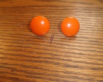 vintage screw back earrings orange lucite