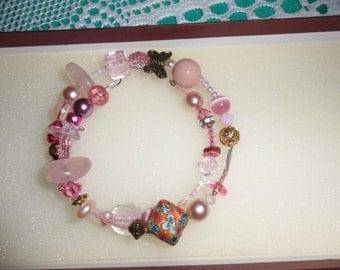 Beautiful Vintage Pink Art Glass Crystal  Metal Beads Bangle