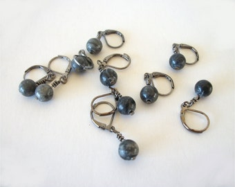 Black Jasper Stone Removable Stitch Markers Handmade Knitting or Crochet Stitch Markers set of 5 or 10 Optional Quartz Row Marker