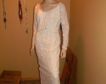 French Bourdouix SILK wedding dress. Vintage Italian Ecru Lace silk . Princess Grace of Monaco.fitted sheath cream with beading & crystal