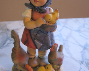 "Hummel Goebel #199/0""Feeding time"" Vintage Figurine"