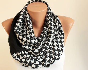 CLEARANCESALE -Houndstooth Infinity scarf,Loop scarf,black .white