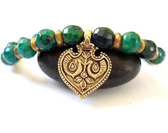 Heart Chakra Bracelet, Green Agate, Brass Heart Charm, Bracelet for Healing, Meditation, Yoga