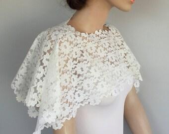 Bridal Shrug, Off White Lace Bridal Shawl, Scarf Wrap, Shabby Chic Wedding, Bridal Lace Capelet, Romantic Wedding Top Shrug Unique Design