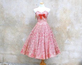 1950s strapless lace party dress - 50s pink / coral cocktail dress - medium