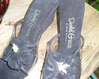 Vintage 60s Daniel Green peep toe made in USA Hibiscus embellished Black PinUp suede shoes size 6 price reduced