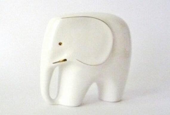 Vintage Porcelain Elephant (Big)
