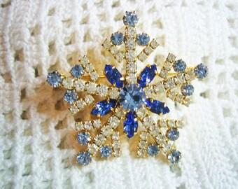 Vintage Stunning Rhinestone Snowflake Brooch Prong Set
