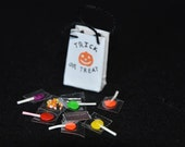 Dollhouse Miniature Halloween - One Inch Scale Trick or Treat Bag - Wtih Candy Stash - Removable