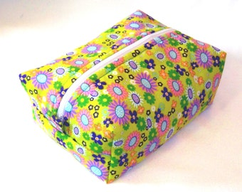 Floral Makeup Bag, Boxy Bag, Cosmetic Bag, Zipper Pouch, Toiletry Bag, Green, Yellow, Flowers, Travel Bag