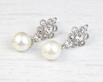 Bridal pearl drop earrings. Bridal stud earrings. Crystal stud earrings. Rhinestones earrings. Bridesmaids earrings. Wedding earrings.