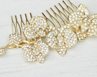 Vintage inspired crystal wedding comb. Floral crystal bridal hair comb. Wedding orchid comb. Gold bridal hair piece.