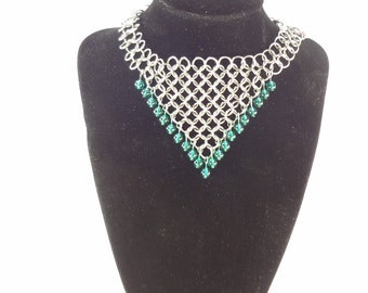 Chainmaille Jewelry - Necklace With Teal Glass Beads