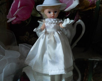 Plastic Doll 5 Inches Head Arms Legs Move Closing Eyes White Satin Dress Painted Gloves Panties Legs Plastic Sweet Vintage collectible Doll