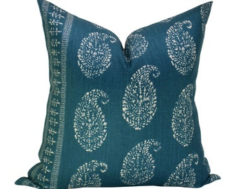 Kashmir Paisley pillow cover in Tea/Peacock