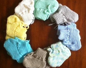 Newborn Baby Booties Set / Babyshower Gift / Newborn Baby Gift / Boy's Baby Booties - 3 pairs