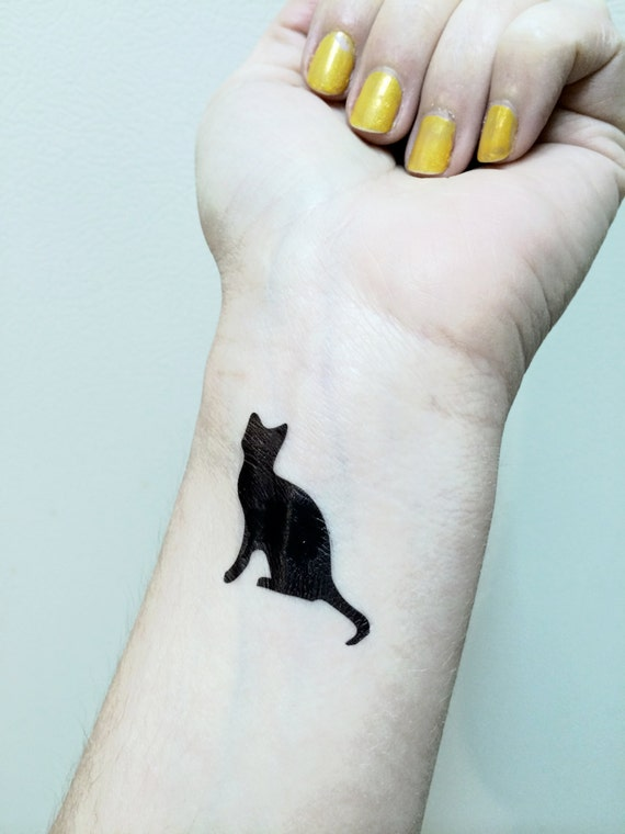 chat tattoo tatouage temporaire chat noir kitty cat tat. Black Bedroom Furniture Sets. Home Design Ideas