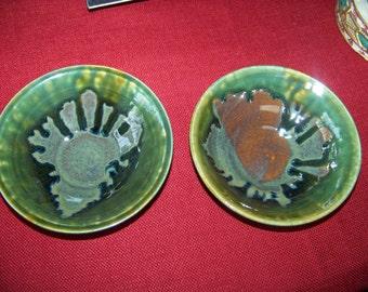 A Set of 2 Cereal Bowls