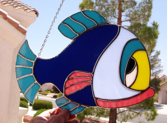 Stained Glass Colorful Fish   (424)
