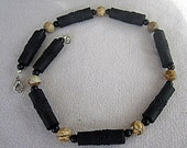 Unisex choker of textured bamboo and picture jasper