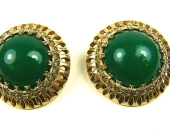 Vintage Nettie Rosenstein Green Glass And Rhinestone Clip On Earrings