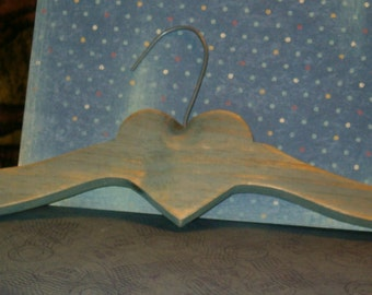 """Vintage 1980's Wooden Hanger w Metal Hook, Country Heart 16""""L, 3/4""""thick wood"""