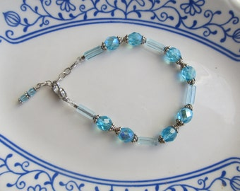 Beautiful Blue AB Bead Bracelet
