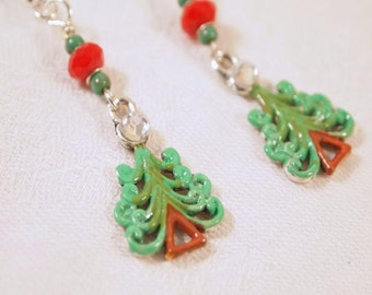 SALE Christmas Tree Earrings, Red and Green Earrings, Red and Green Beaded Dangle Pierce Earrings. CKDesings.us