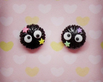 Soot Sprites stud earrings - Susuwatari - Studio Ghibli Spirited Away / Totoro Tribute
