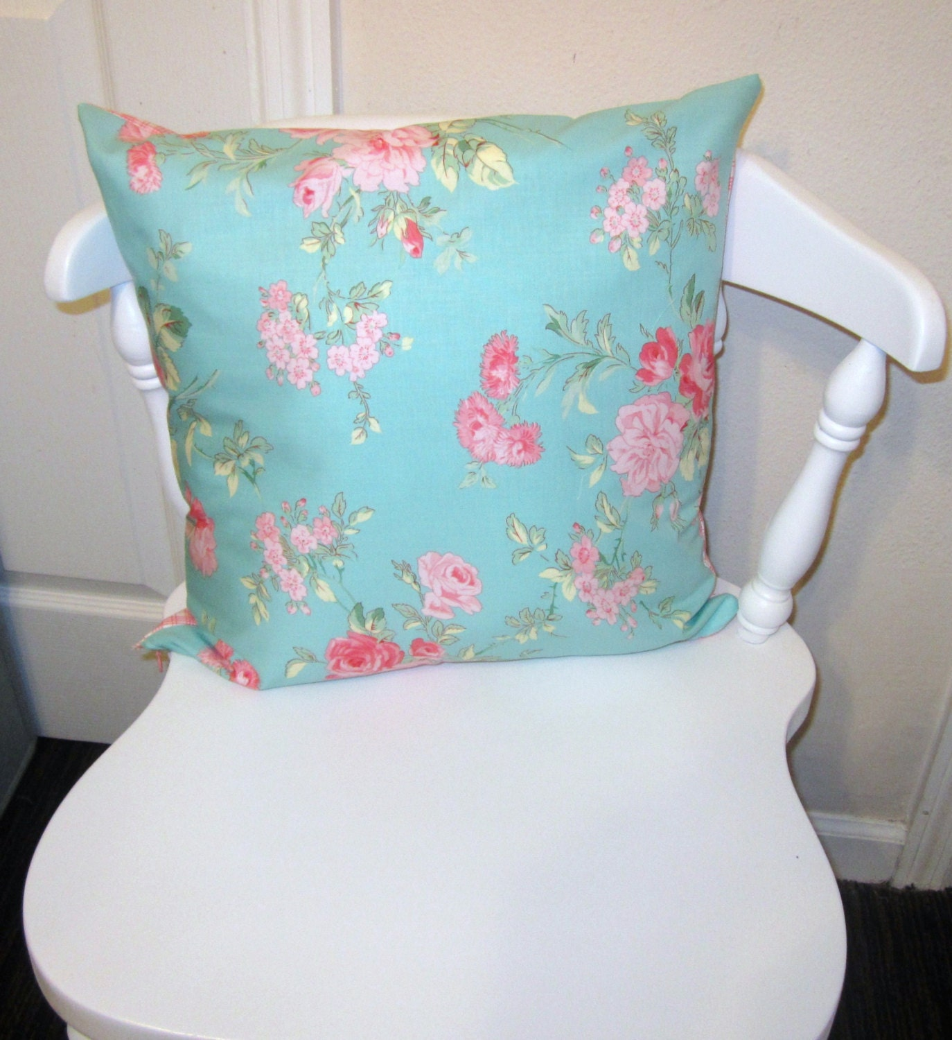 Shabby Chic Rose Throw Pillow Cover 16 X 16 with Invisible