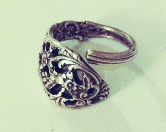 Vintage Antique Sterling Silver Reed Barton Spoon Ring Wrap around High Fashion Finger Flair adjustable from size 7-12