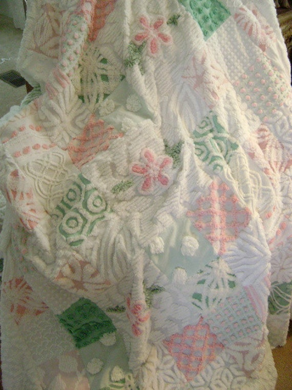 RESERVED for Lorie - Vintage Chenille 'PINK Daisies' - Ultra PLUSH Lap Quilt - Throw - Pinks, Whites, Green - 60 x 60