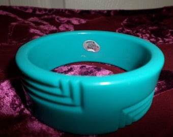 Vintage Chunky Wide Lucite Bracelet Robins Egg Blue Wide Bangle 50s  Boho Bohemian Lucite Women Original Sticker