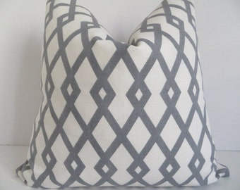 Pillow Covers, Ivory Gray Pillow cover, Geometric Pillow Cover, Pillow Cover, Gray Pillow Cover, Gray White Trellis, Pillow Cover 18x18