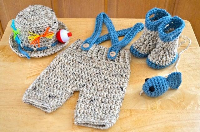 Crochet pattern newborn baby fishing fisherman set fishing for Baby fishing hat