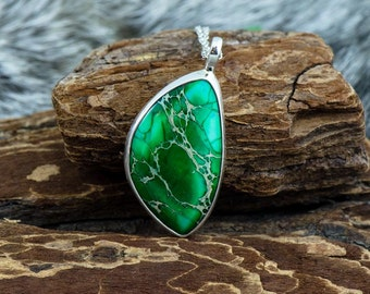 Jungle Fever Silver Green Pendant with Chain Sterling