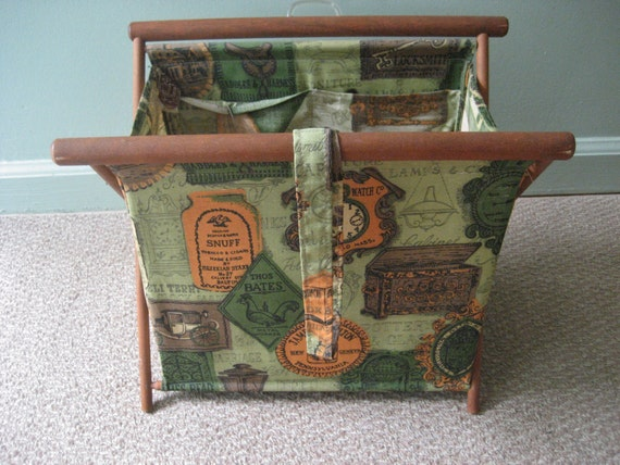 Knitting Bag Stand : Folding knitting bag stand green early american print vintage