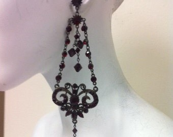 Cupid's Kiss - Black plated chandelier Earring made with swarovski crystal Siam(red) 5475