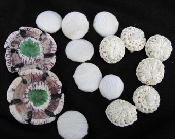 Lot of 16 Vintage Buttons