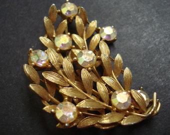 WONDERFUL VINTAGE BROOCH - Golden and Jeweled  - Signed Prestige - Iridescent =.Aurora Borealis -,Crystal