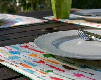 Quilted Table Placemats Metro Cafe Retro Knives, Forks and Spoons in Garden - Set of 4